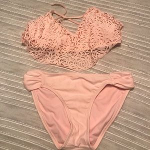 Rose Cut Out Top